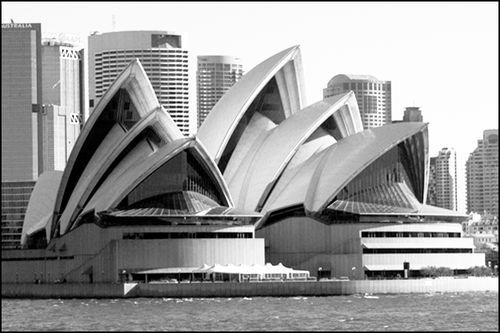 Opera House bw