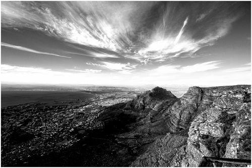 Tabel Mountain (93.1)